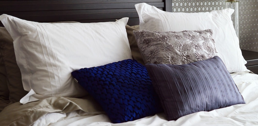 how many pillows should you sleep with?