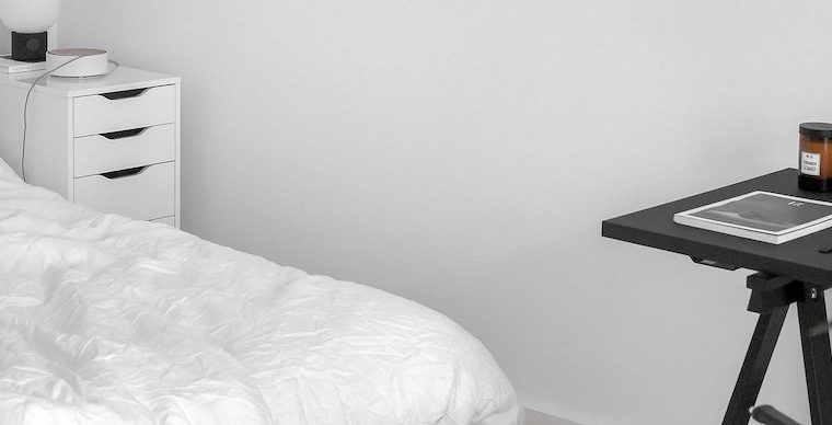 Firm vs. Medium Mattress: All the Pros and Cons