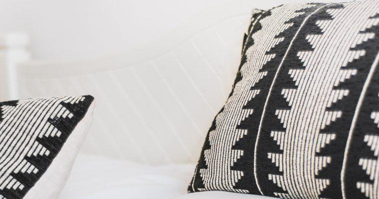 Memory Foam vs. Down Pillow: Which is Best?
